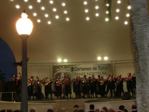 Actuación en la Concha de Alicante