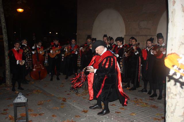Amenizando por las calles de Salamanca